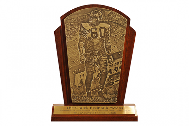 Nine Florida HS Football alumni land on the 2015 Bednarik Award watch list