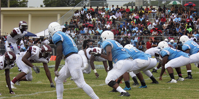 Miami Norland and Ribault line up for a play during Norland's 23-12 victory over Ribault on Saturday. Photo By Corey Davis.